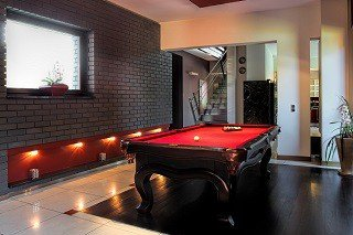 Professional pool table movers in Shelton content img1
